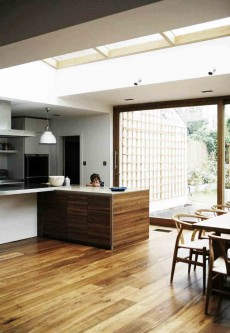 Kitchen-wide-with-Gillies